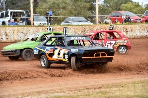 Junior Sedans Fire Up For Action Kalgoorlie International Speedway